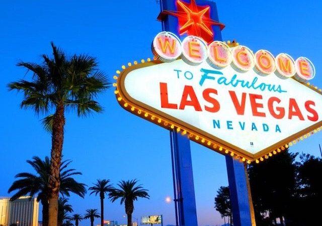 Letreiro de Las Vegas à noite